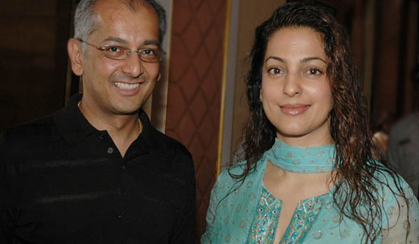 juhi_chawla_and_jay_mehta_image_title_l5n65