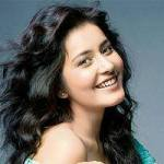 Rashi Khanna [Biography]  Madras Cafe Movie Actress